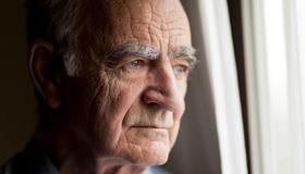 Point of care: Responding to suicidal statements by long-term-care patients